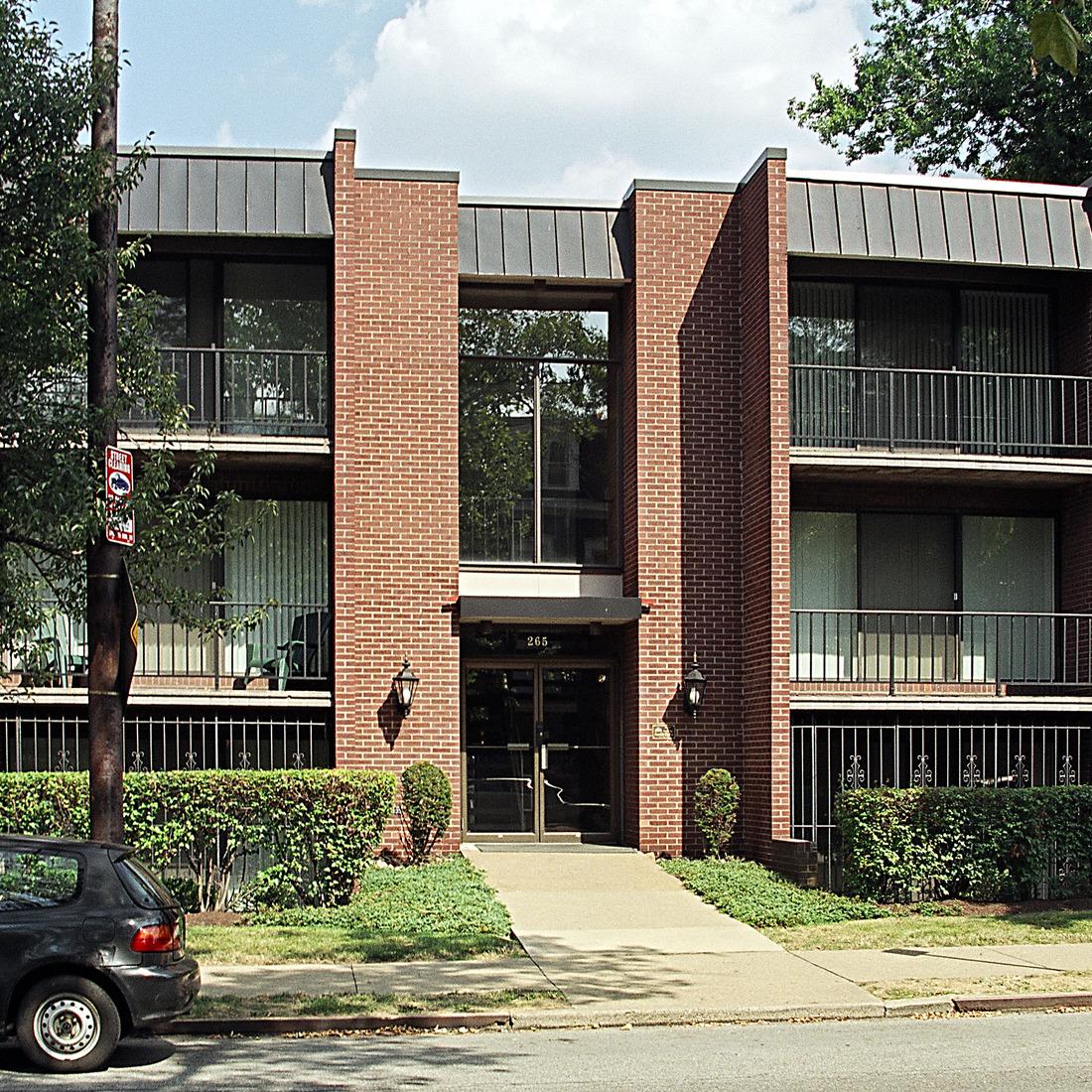 Shadyside Apartments: 265 Shady Avenue