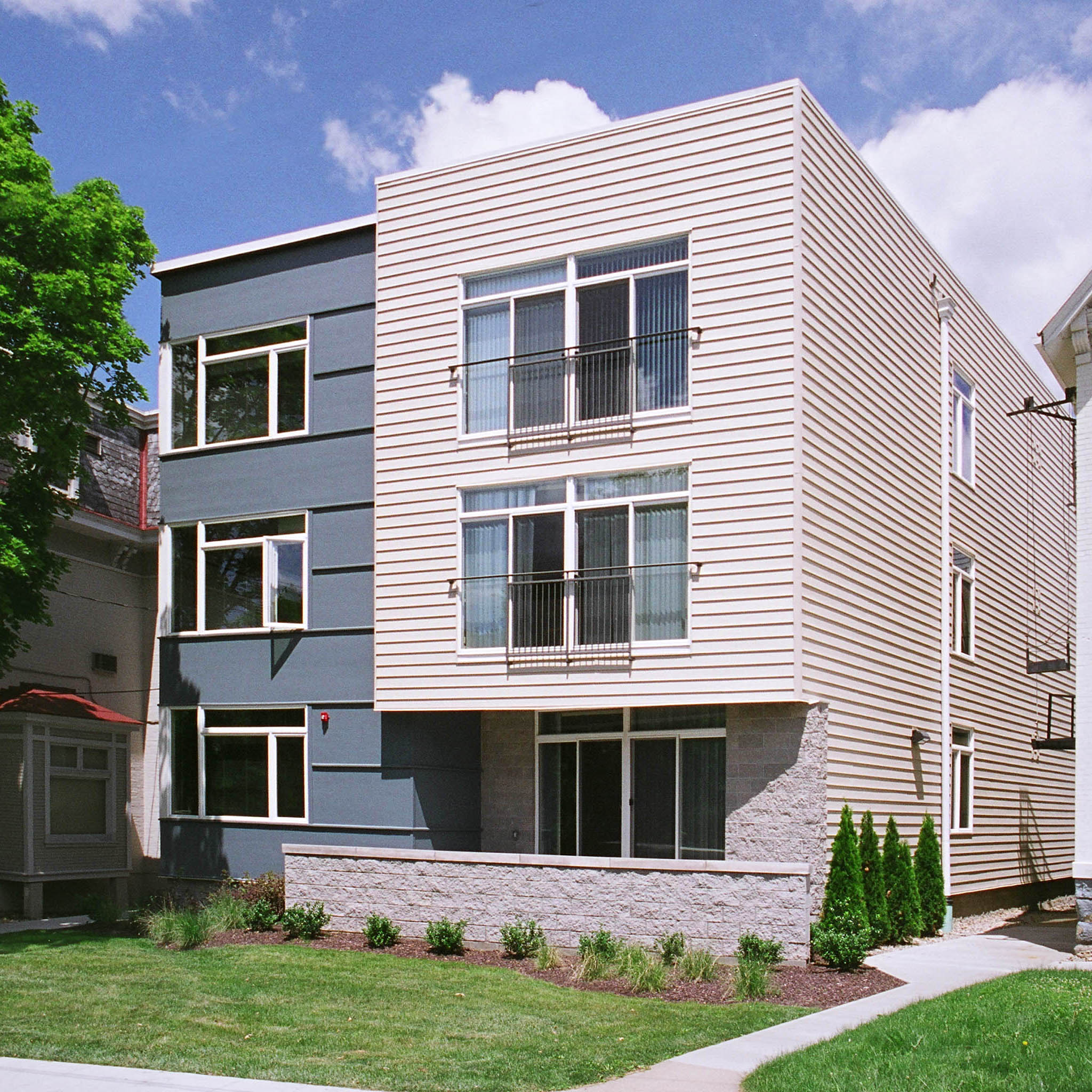Franklin West 521 Shady Avenue Apt 14