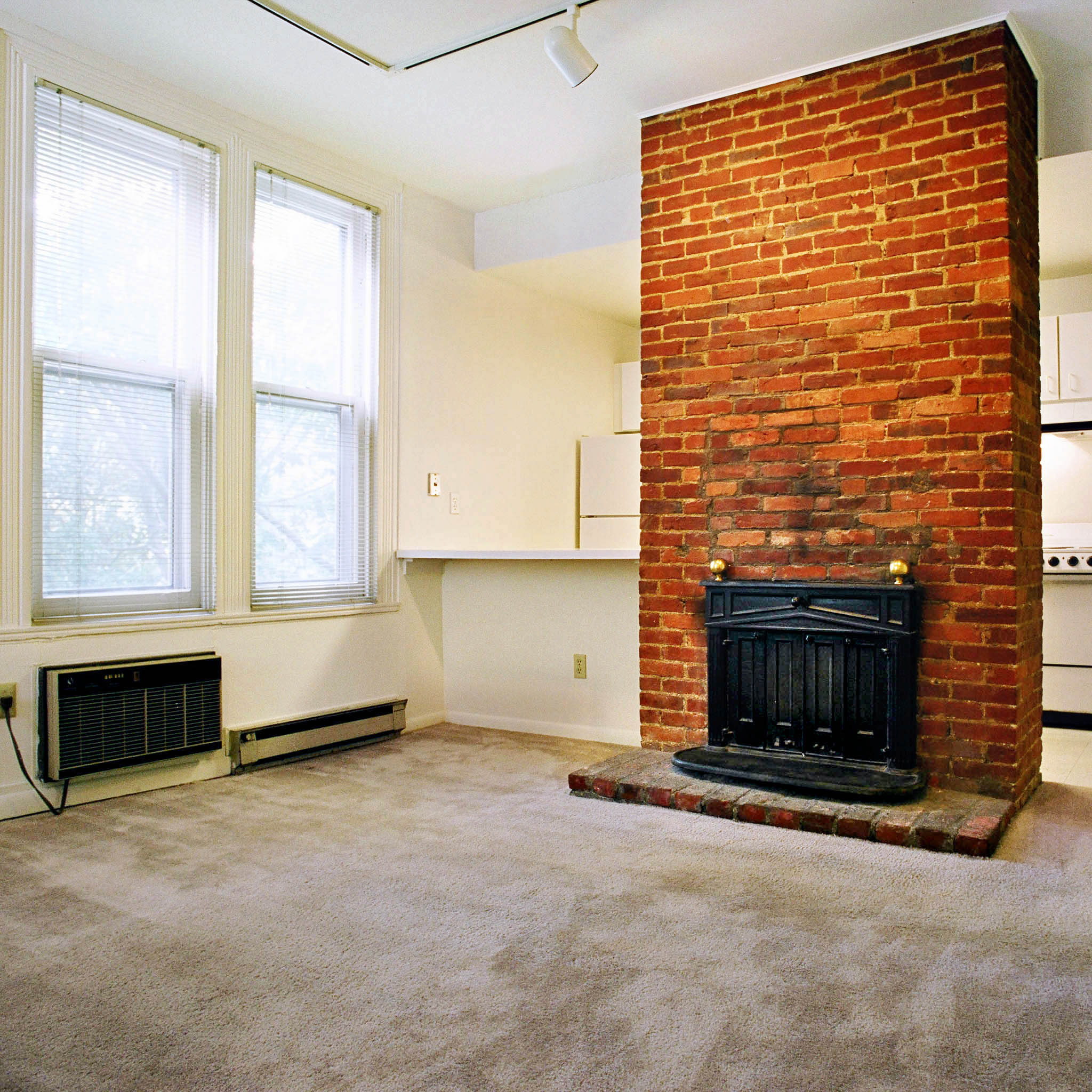 Distance From Fireplace To Rug: 6328 Howe Street, Apt. 21