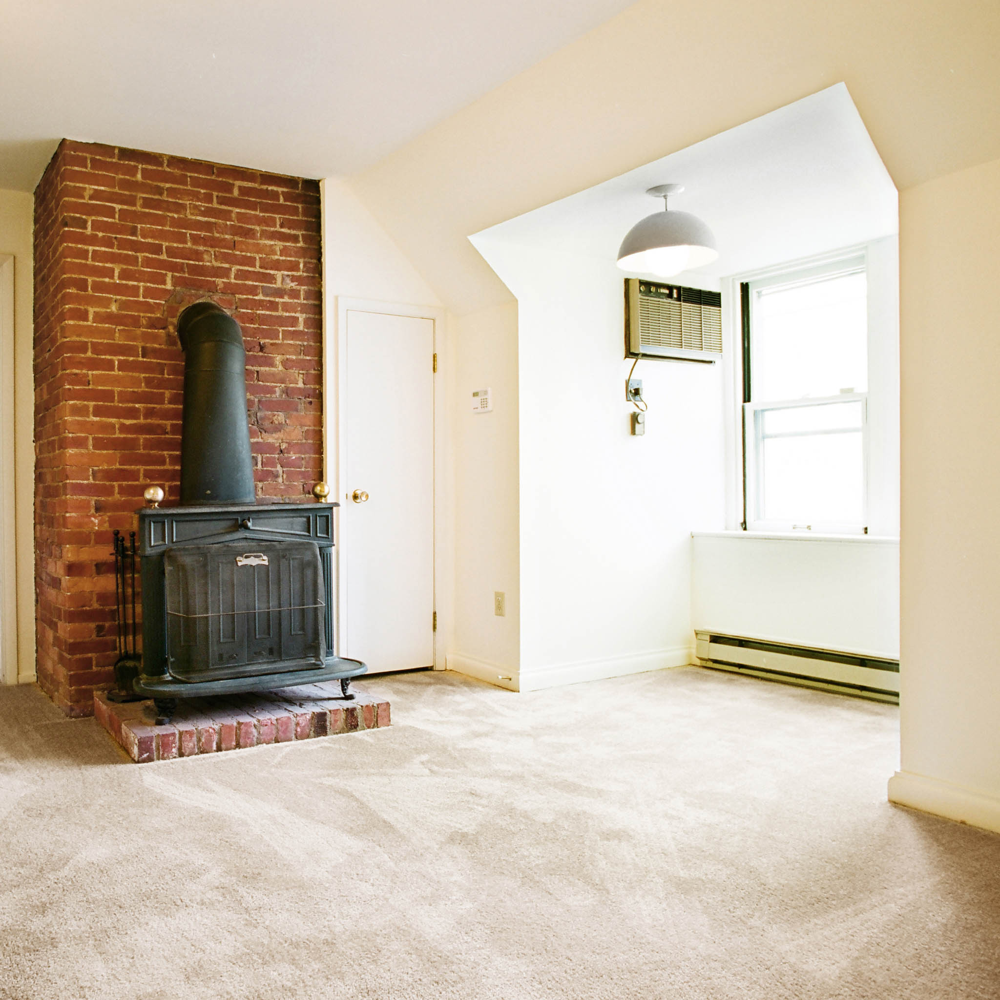 Distance From Fireplace To Rug: 6328 Howe Street, Apt. 32