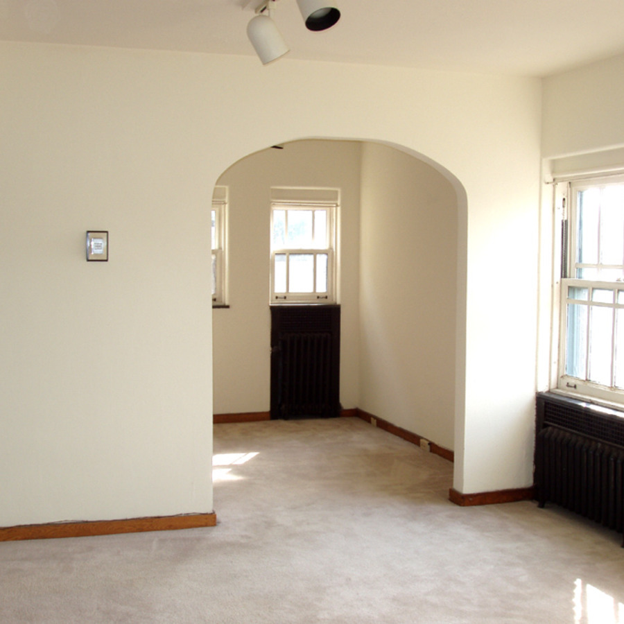 interior of 340 S. Highland Ave, Apt. 6B 1