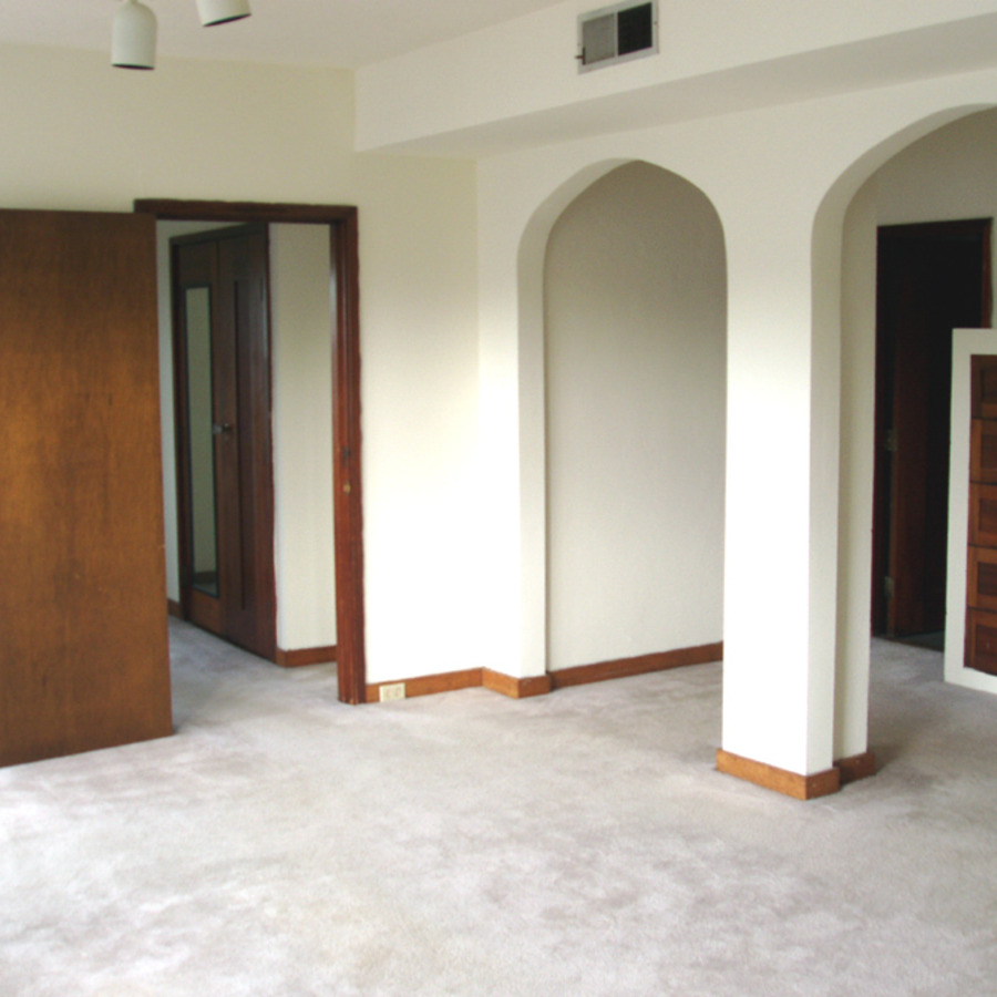 interior of 340 S. Highland Ave, Apt. 6B 2