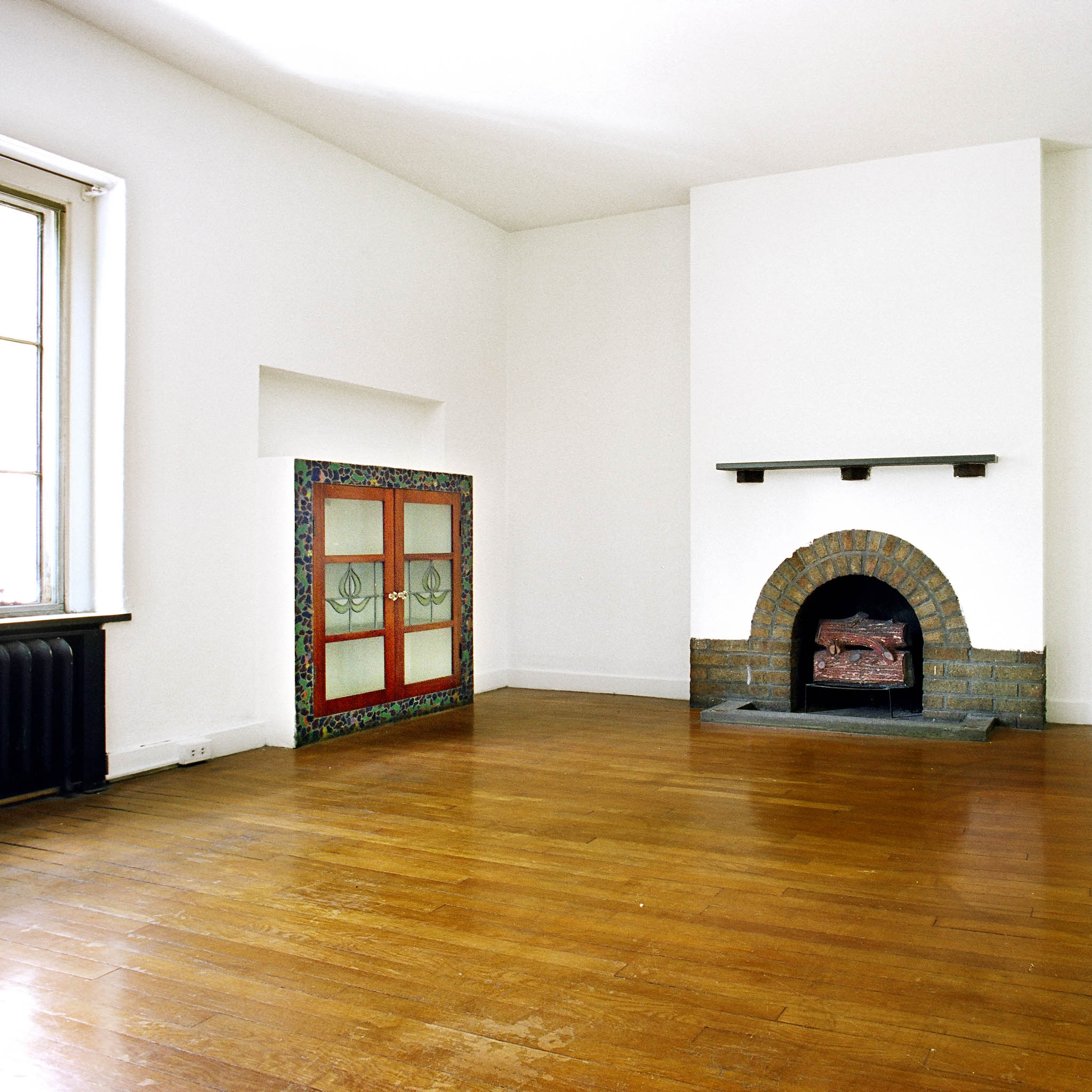 interior of 340 S. Highland Ave, Apt. 3A 2