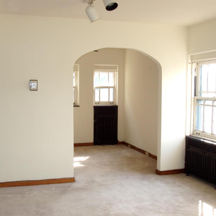 interior of 340 S. Highland Ave, Apt. 4B 2