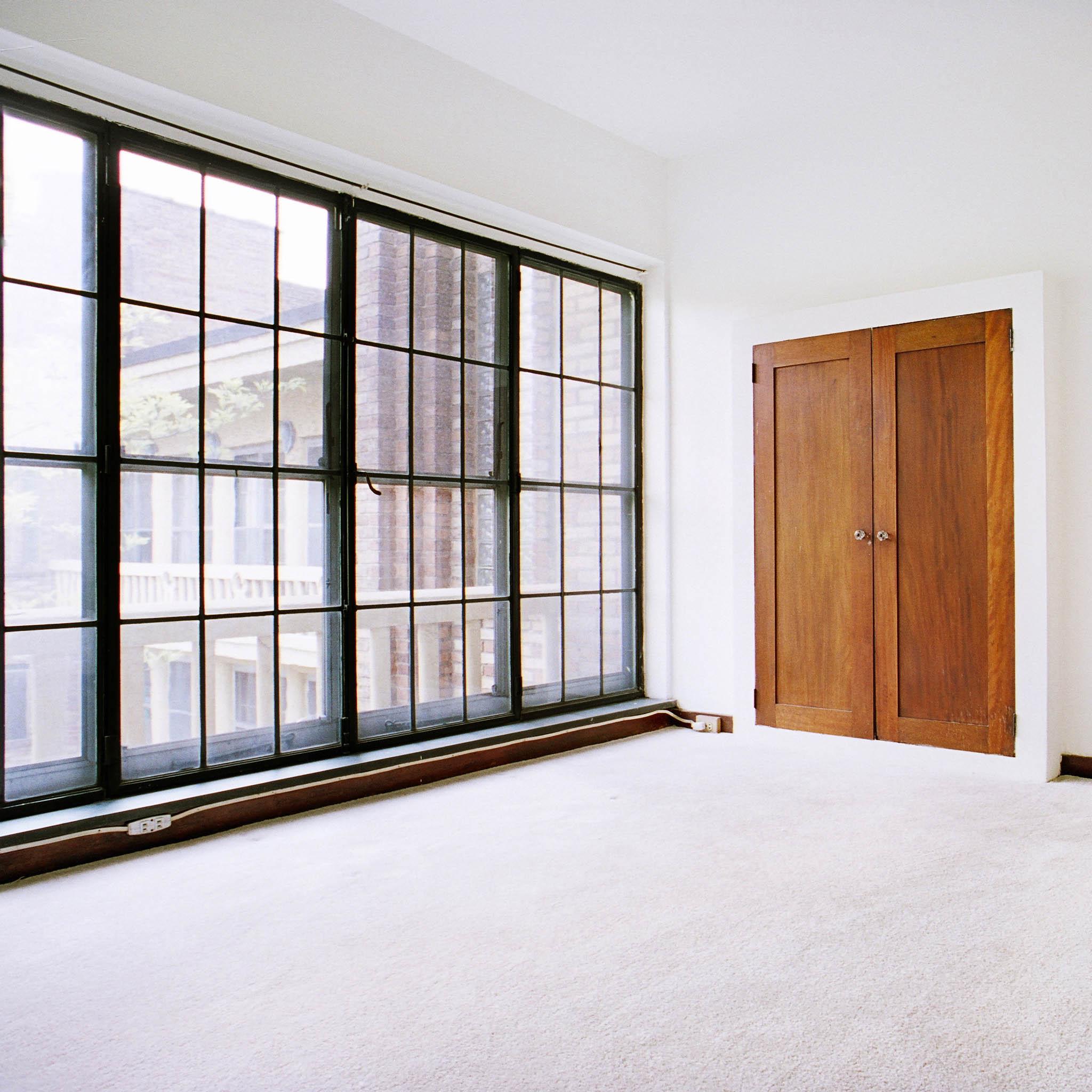 interior of 340 S. Highland Ave, Apt. 7A 8