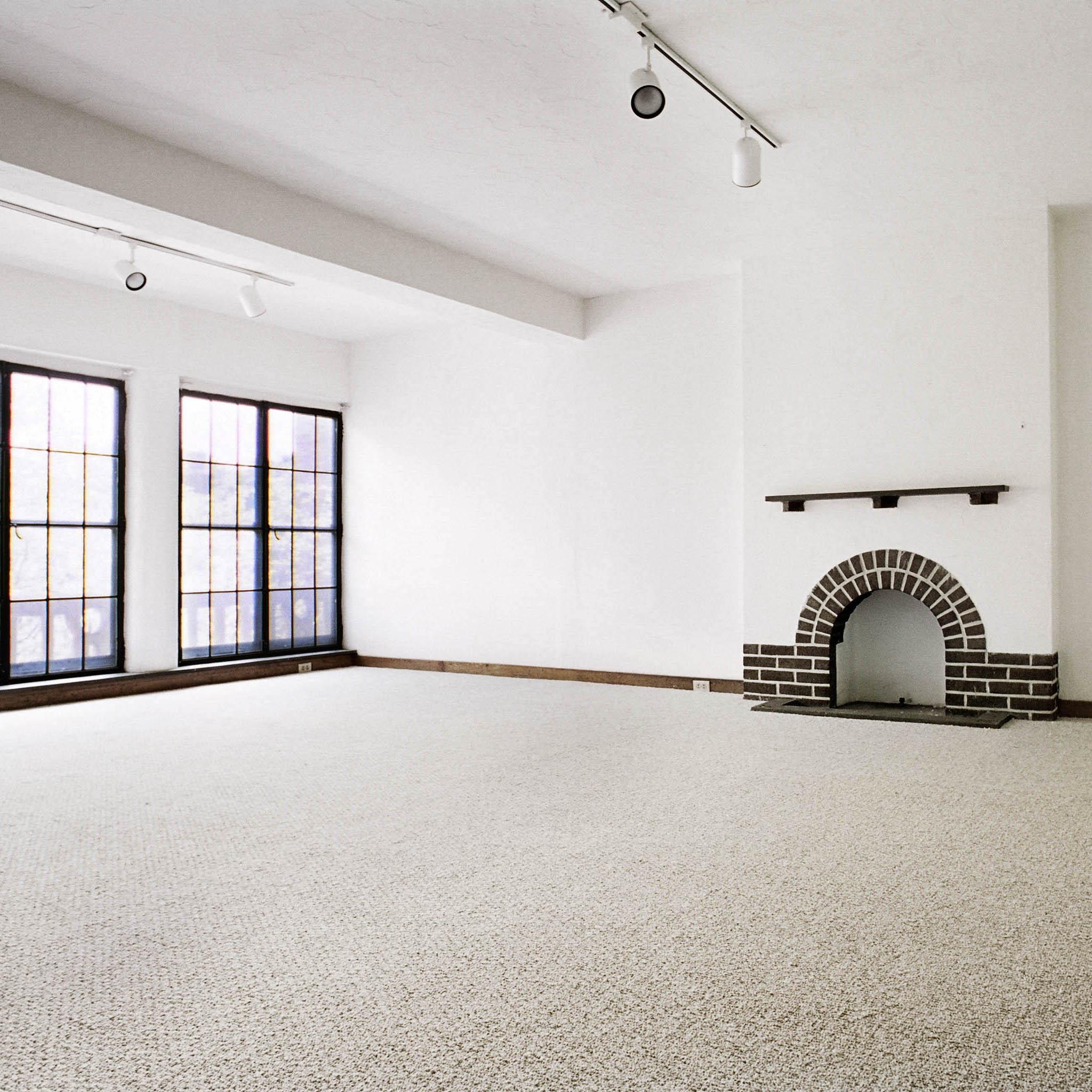 interior of 340 S. Highland Ave, Apt. 8A 1