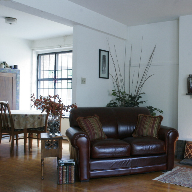 interior of 342 S. Highland Ave,  Apt. 9A 1