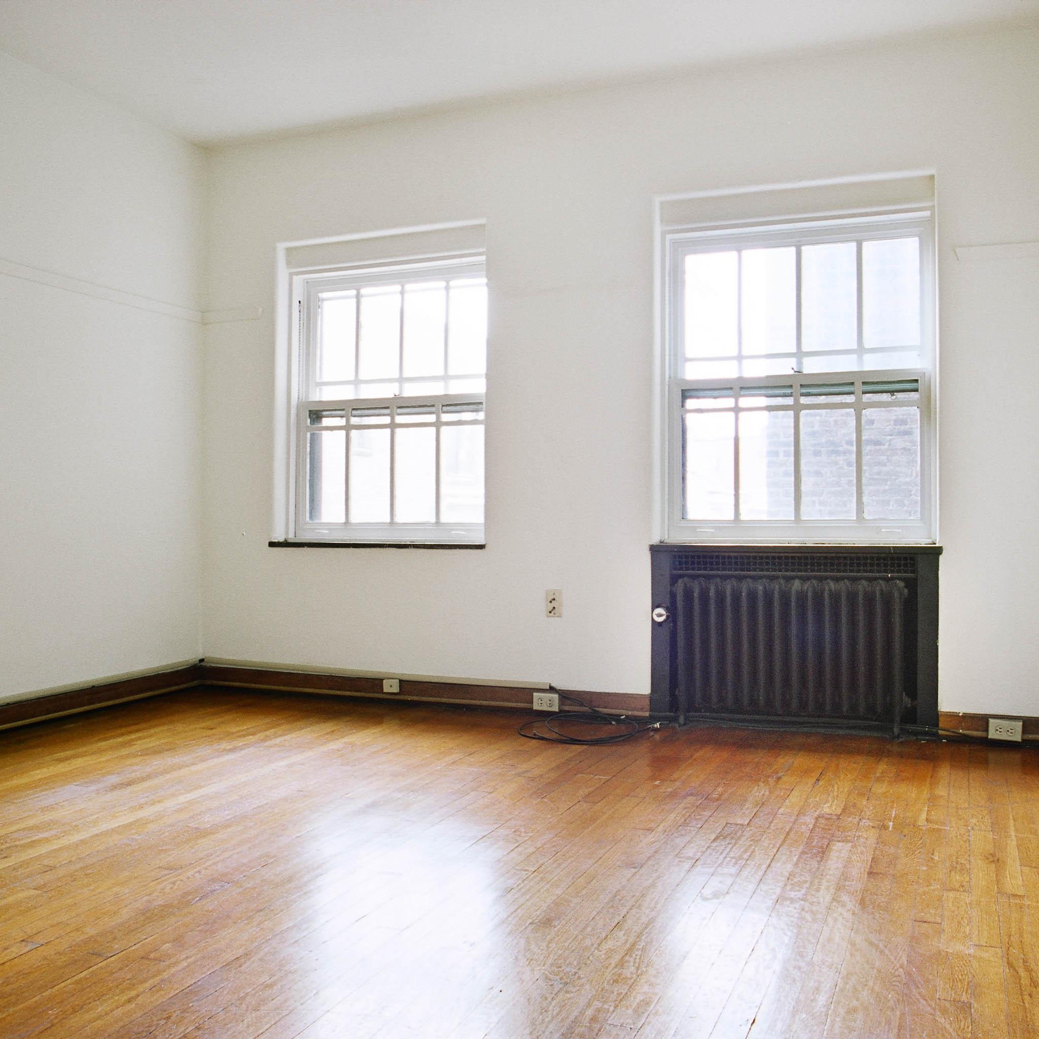 interior of 342 S. Highland Ave, Apt. 11B 4