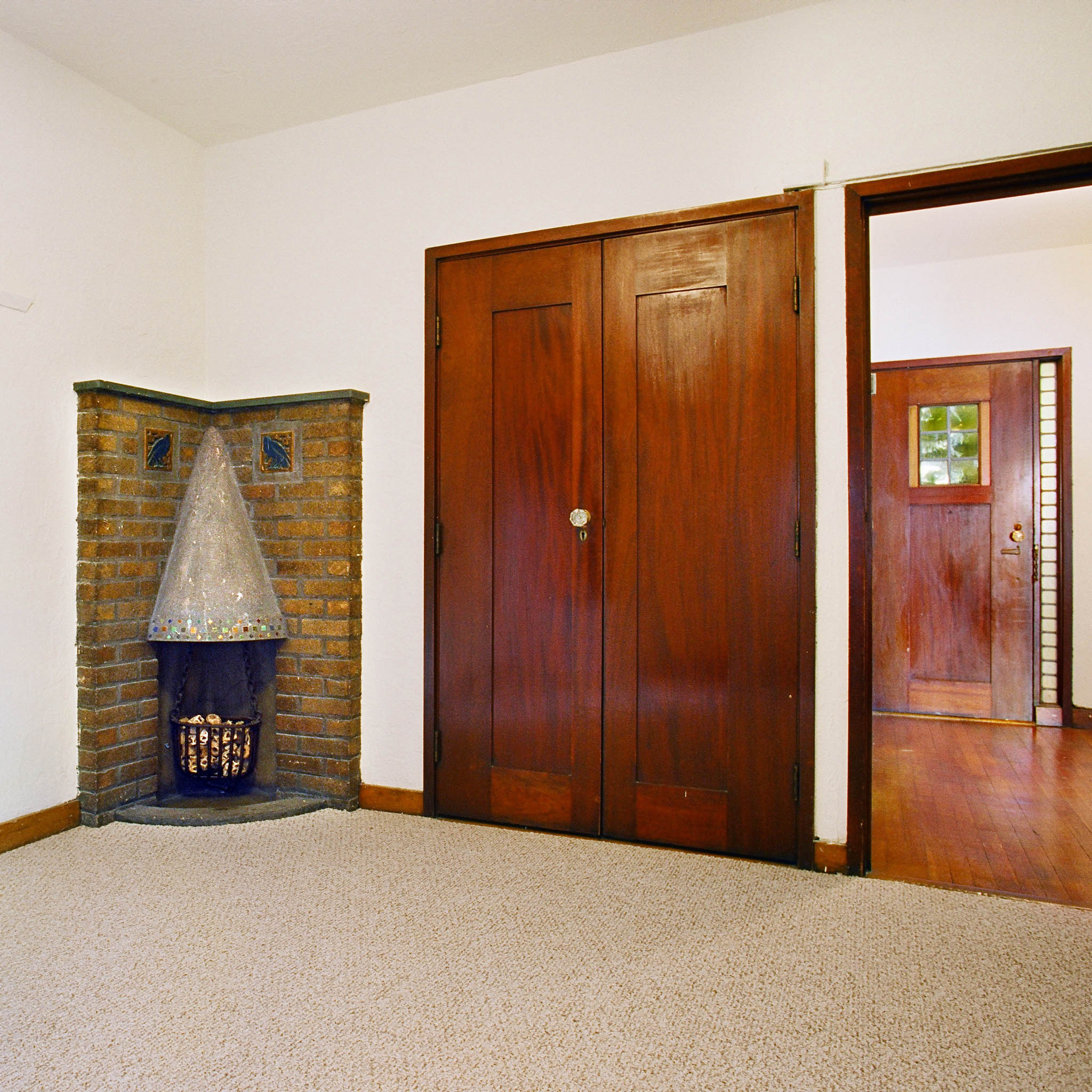 interior of 342 S. Highland Ave, Apt. 11B 1