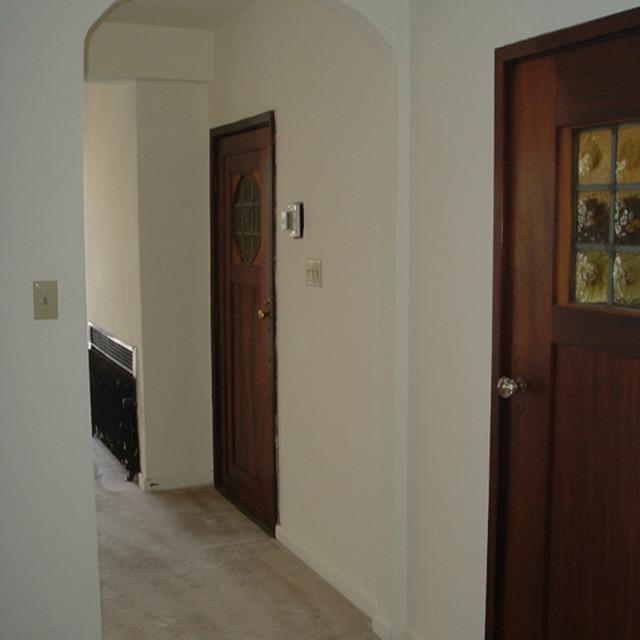 interior of 342 S. Highland Ave, Apt. 12A 6