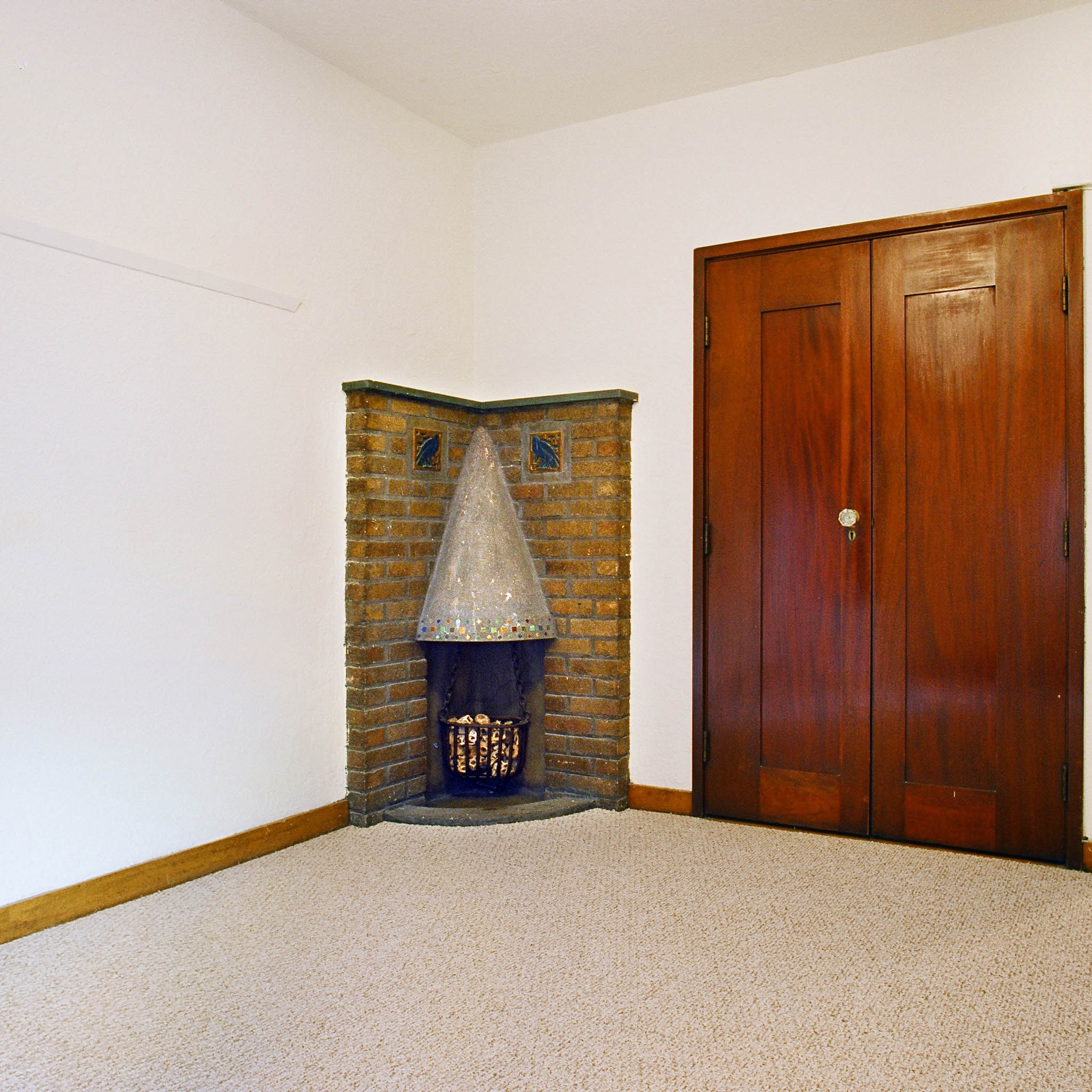 interior of 342 S. Highland Ave, Apt. 13B 1
