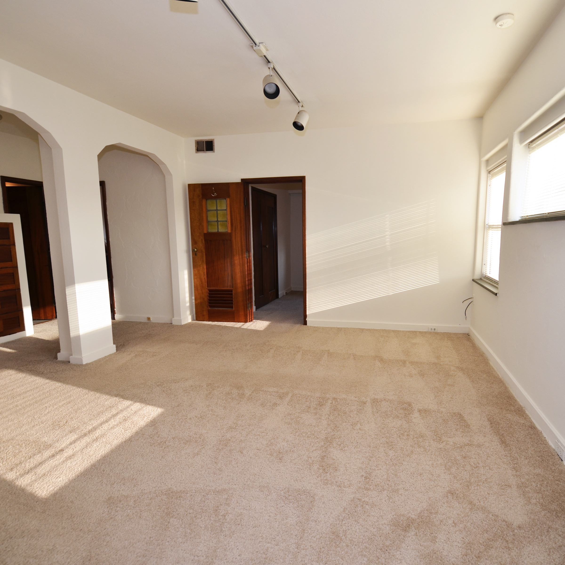 interior of 342 S. Highland Ave, Apt. 14B 1