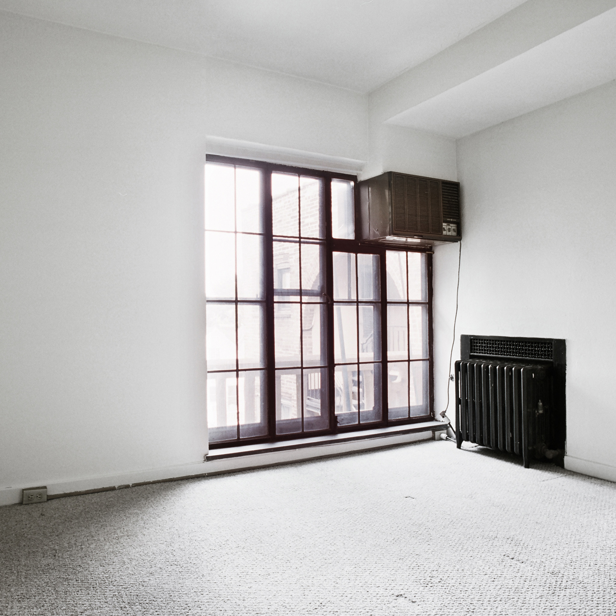interior of 342 S. Highland Ave, Apt. 16A 4