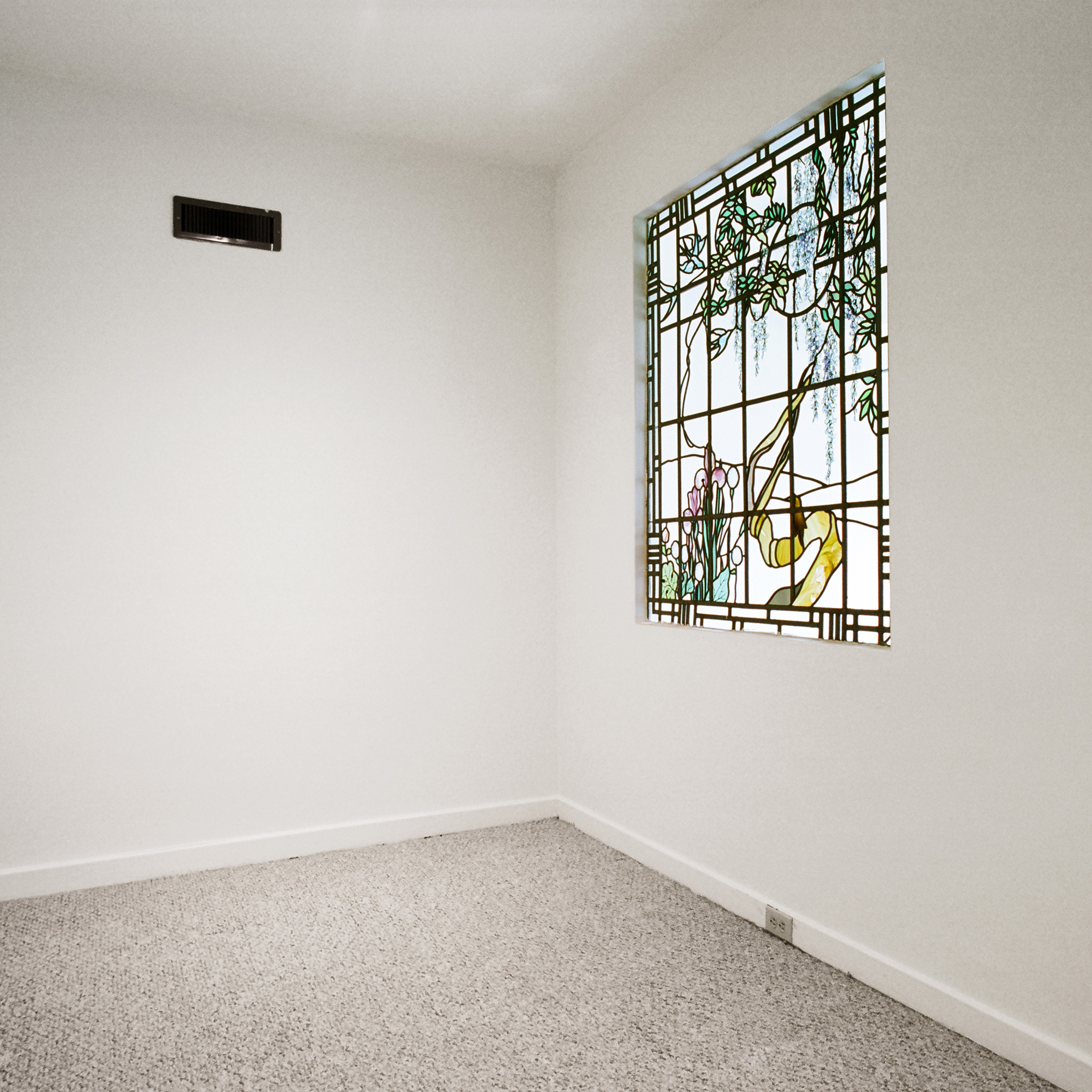interior of 342 S. Highland Ave, Apt. 16A 2